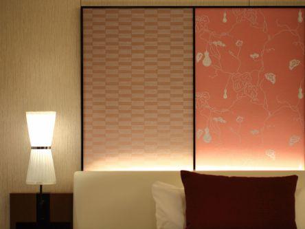 京都の中心地で鴨川ビューステイ♪ 庭園を望む大浴場つきホテルでご褒美旅
