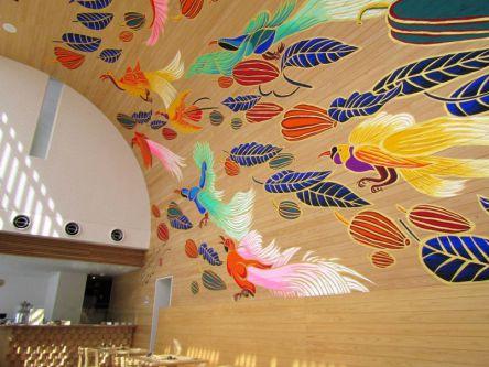 優しいスイーツとヘルシーランチのカフェはパラダイスバードに会える素敵空間!