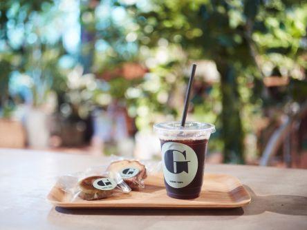 緑に囲まれたカフェが神戸・北野にオープン!お部屋のグリーン探しにもおすすめ