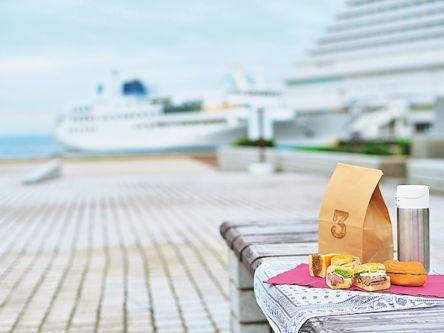晴れた日は神戸のベイエリアへ!海沿いをのんびりおさんぽデートしよう