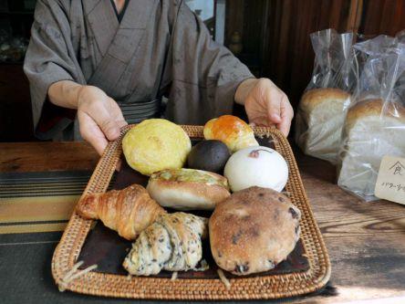 """週3日しかオープンしない!絶品パンが揃う""""まるで昭和""""なパン屋さん"""