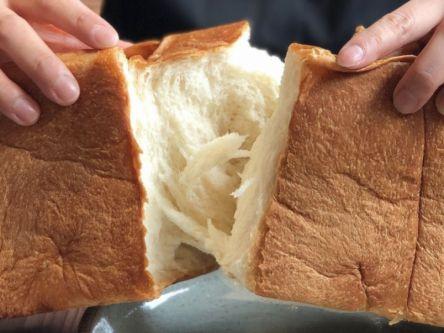 高級食パンブームの最先端!世界一ふわふわの食パンが池袋に新登場