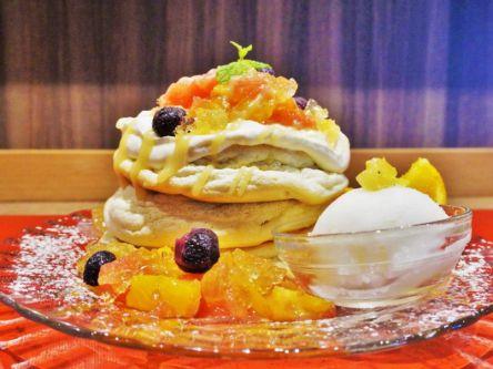 表参道でしか食べられない!シャーベットとフルーツがたっぷりの夏のさわやかパンケーキ