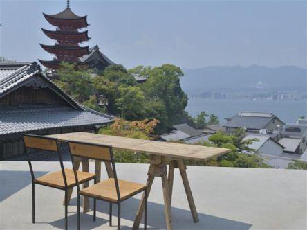 絶景カフェで憩いのひととき!のんびり楽しむ広島宮島デートプラン