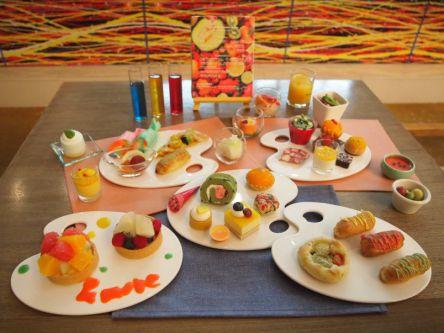 【編集部が実食レポ!】カラフル過ぎる! ANAインターコンチネンタルホテル東京の夏スイーツビュッフェ