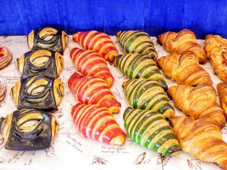 鮮やかすぎるパン発見!熊本・光の森にある魅惑のバイカラークロワッサン