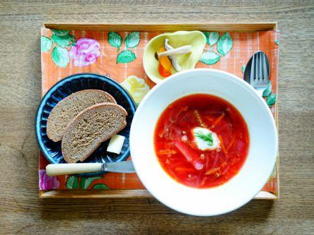 奈良でロシアを体感!本場のレシピが生きる、本格派ボルシチランチ