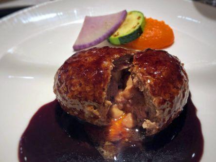 お肉の旨みをたっぷり堪能!肉汁あふれるハンバーグ9選【前編】