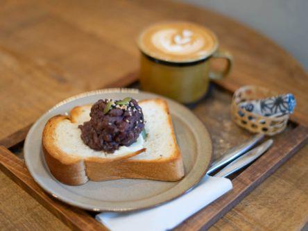 駅チカのほっこりカフェで朝活はいかが?広島県産米粉のあんバタートーストは至福のお味