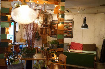 新宿なのにゆっくりできる!覚えておきたいオトナのための隠れ家カフェ
