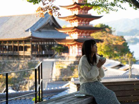 宮島で絶景が見られる隠れ家カフェって? 広島レモンのスイーツタイム!