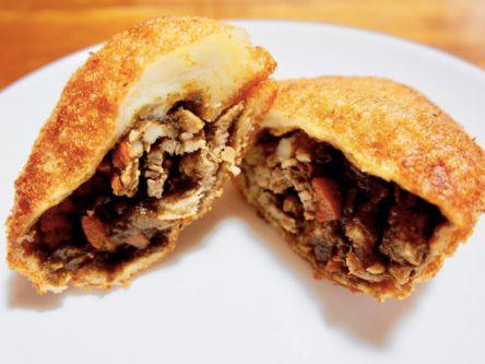並んででも食べるべき!世界記録を持つボリューム満点カレーパン