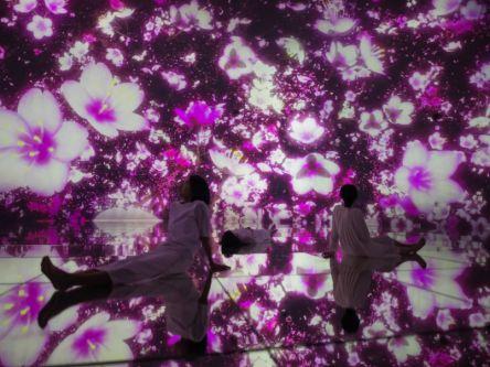 満開の桜に包まれる!東京・豊洲の「チームラボプラネッツ」でデジタルアートのお花見体験