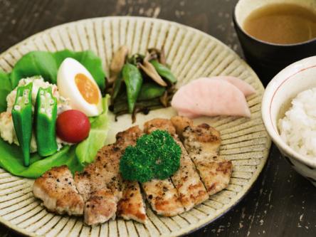 きめ細かで柔らかい!茨城の銘柄豚・ローズポークが食べられる店4選