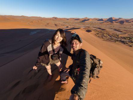 ナミビアで見た地球最古の砂漠と躍動する動物たち【クレイジーハネムーン世界一周】