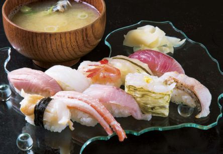 もはや天然の生け簀!富山の極上寿司「富山湾鮨」を堪能できるおすすめ寿司屋5選