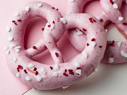 目黒川のお花見ベストスポット『シュマッツ中目黒』でピンクのデザート&ビール