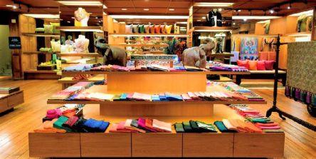 """【タイ】タイ・シルクの世界的名店""""ジム・トンプソン""""で値段別とっておき探し"""