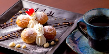 京都・祇園の、知る人ぞ知る夜カフェでスイーツ&シメパフェを