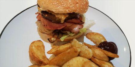 ニュージーランドのおうちごはん紹介~簡単絶品ハンバーガーにトライ♪~
