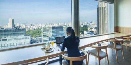 新しい働き方を応援!新宿のホテルレストラン「サザンタワーダイニング」で絶景見ながらテレワーク