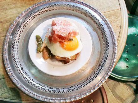 休日は優雅な朝食を!銀座・有楽町でモーニングが食べられるお店3選
