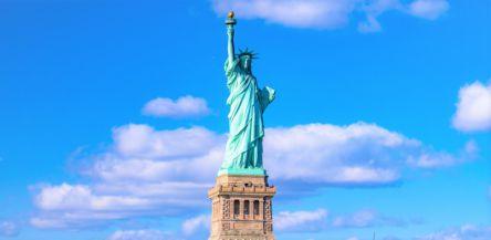 ニューヨークのシンボル『自由の女神』の4つの楽しみ方