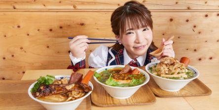 """野菜&お肉モリモリ!進化系のごちそう""""豚汁""""【大食いアイドルもえのあずきの絶品グルメ】"""