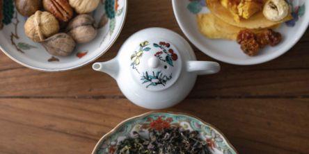 昼はお茶屋、夜はBAR!お茶とナッツとフルーツのペアリング楽しめる新感覚のお店