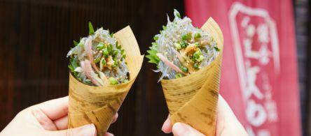 鎌倉・長谷の大仏通りで発見!生しらすのワンコイン手巻き寿司