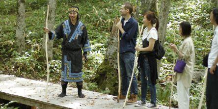 アイヌ民族が案内する心が豊かになるツアーって? いつもと一味違う阿寒湖トリップへ