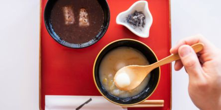 京都祇園の和喫茶「お茶と酒 たすき」で、冬限定「ぜんざい」にほっこり