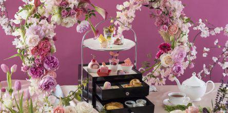 スイスホテル南海大阪の春アフタヌーンティーは日比谷花壇の春の花との豪華絢爛コラボ♪