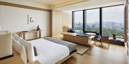 大手町タワーの最上階ホテル「アマン東京」でゆったりとした非日常のひとときを