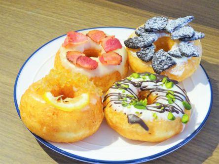 神戸北野「THE CITY DONUTS AND COFFEE」は海外っぽさ満点!ド派手&キュートなドーナツで気分はアメリカ♪