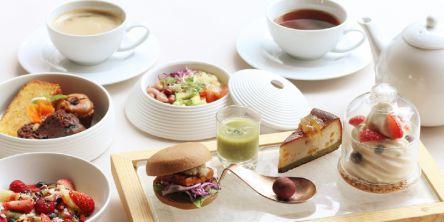 ヴィーガン&グルテンフリーの3種のアフタヌーンティーセットが「Cosme Kitchen」のカフェに登場!