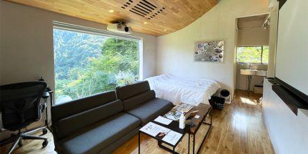 一棟貸切!東京・檜原村「THEATER1」は自然のなかで映画&BBQと共に至極の時間が過ごせる