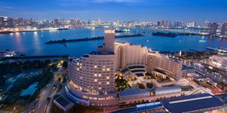 東京湾の大パノラマを楽しむアーバンリゾートホテル「ヒルトン東京お台場」