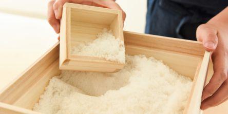 できたての塩を量り売り!代々木公園エリアにライフコンセプトショップ「umi to mori」がオープン!