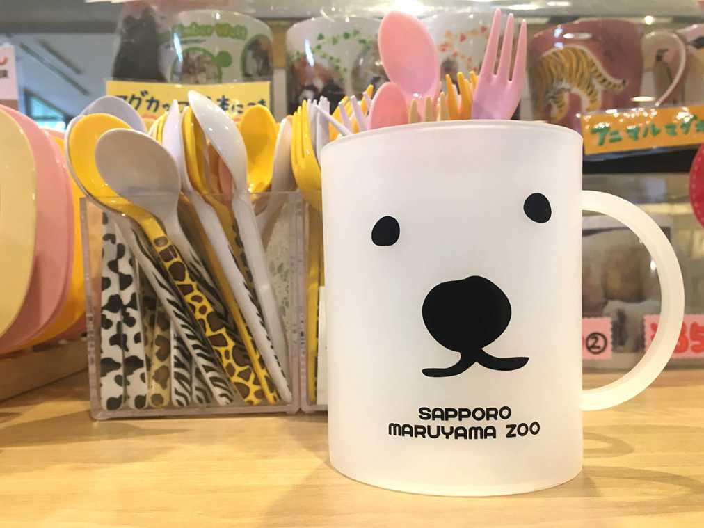 フロストマグカップ(550円)、アニマルスプーンフォーク(165円)