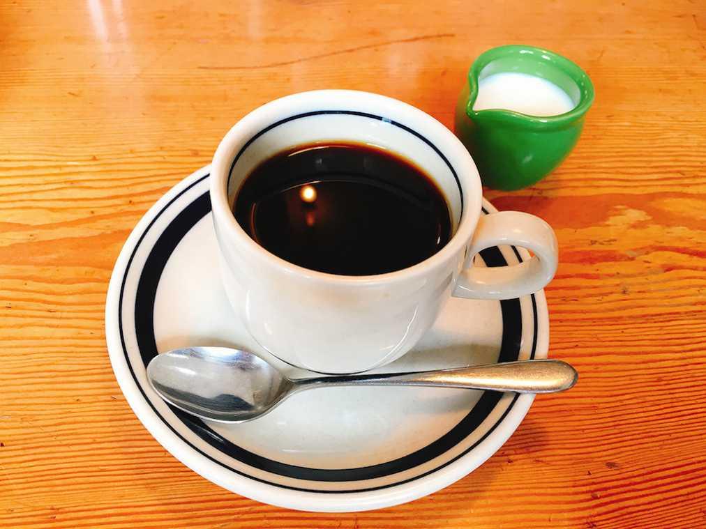 コーヒー350円(17時まで食事と一緒に注文した場合100円)