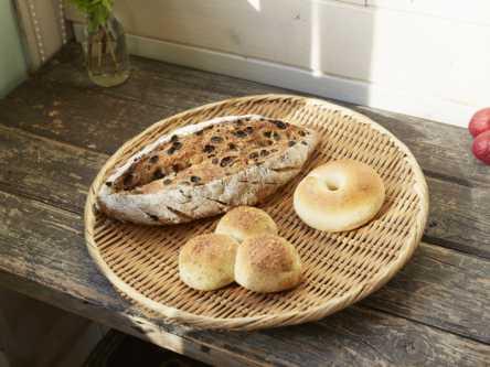 安曇野の自然のようなほっこりパンが人気。小さなパン屋さんでみつけた天然酵母パン