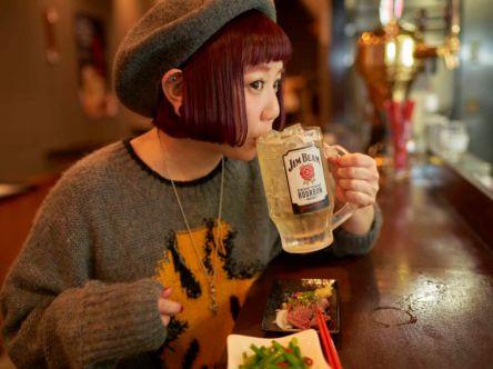 立ち飲みデビューは高田馬場で!何を頼んでも美味しさとコスパが最強の「炎天下」さんに行ってみた!【酒好き女子 小鳥遊しほの飲み食い日記Vol.14】