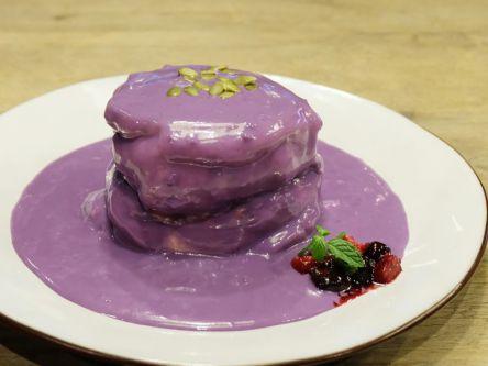 紫なんて初めて!見て驚き、食べて健康の仰天ビジュアルパンケーキ