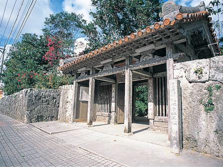 沖縄県のおすすめ初詣スポット、2021年の初詣行事やご利益は?