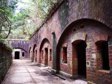 100年以上前の要塞が醸し出すラピュタの世界。和歌山の無人島「友ヶ島」