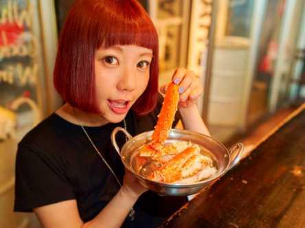 100円ワインとカニ!【小鳥遊しほの酒好き女子飲み食い日記Vol.8】
