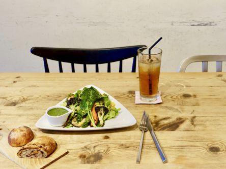 人気ベーカリーの姉妹店は、紅茶も雑貨も楽しめる横浜・元町の隠れ家カフェ