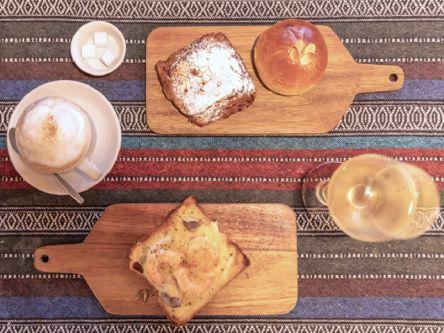 22時までオープン。お酒と一緒にパンを楽しむ京都のベーカリーカフェ