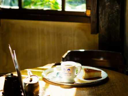 ヨーロッパ映画の主人公気分でお茶したい。レトロカフェ「會津壹番館」